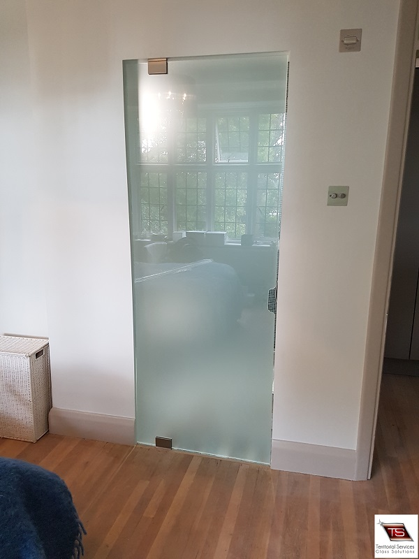 Glass doors in south west london balham clapham fulham our fast and efficient bespoke glass doors installation service is available for clients in south west london croydon balham wandsworth clapham planetlyrics Gallery